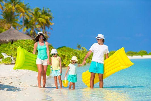 iStock_family-vacation